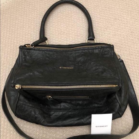 f1385e76e1ee Givenchy Bags | Pandora Medium Leather Messenger Bag | Poshmark